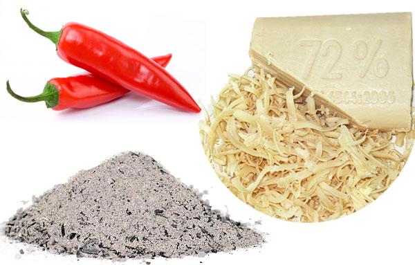 хозяйственное мыло, древесная зола, острый перец для приготовления раствора для борьбы с тлей